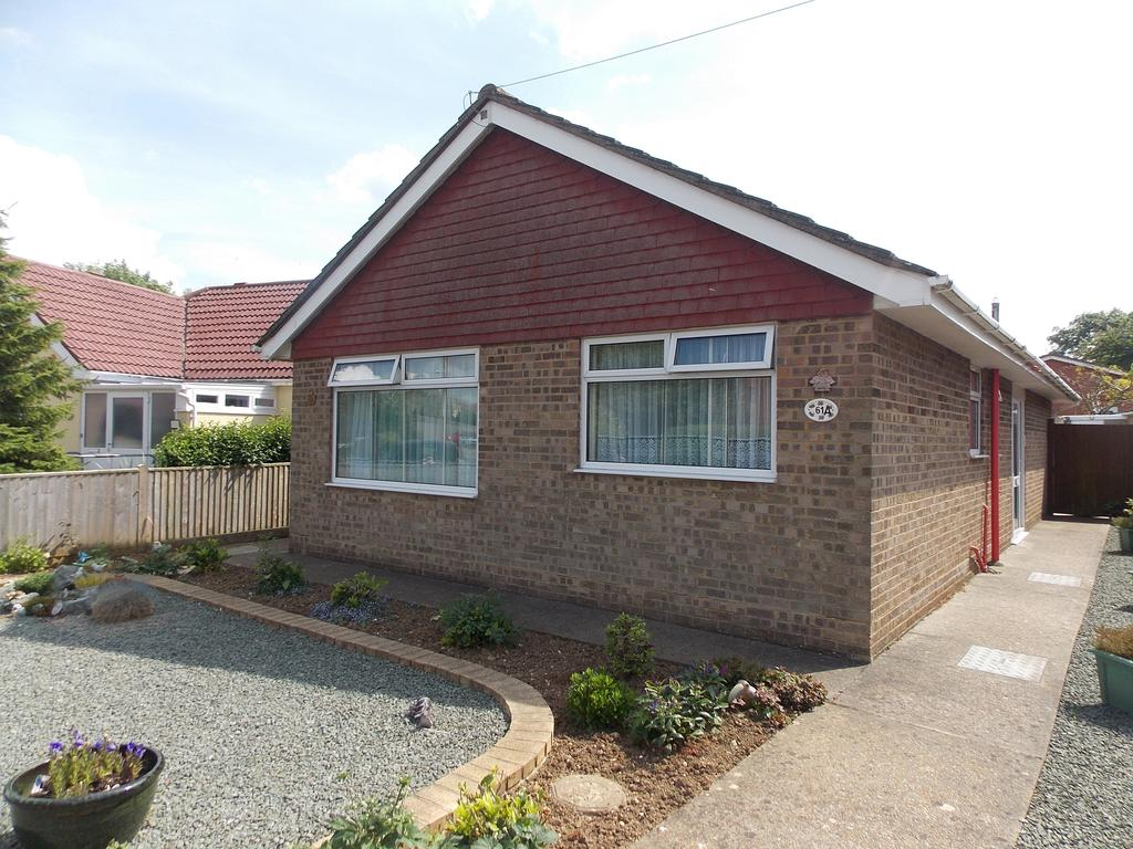3 Bedrooms Detached Bungalow for sale in Telscombe Road, Peacehaven, East Sussex