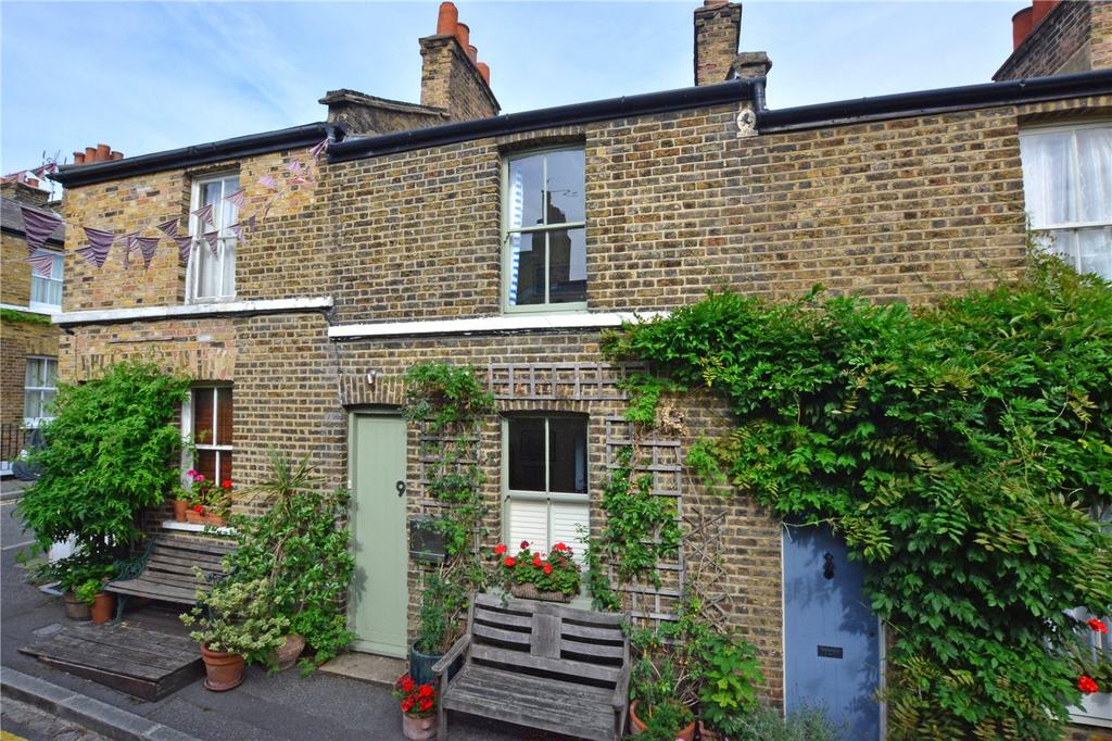 2 Bedrooms Terraced House for sale in Trinity Grove, Greenwich, London, SE10