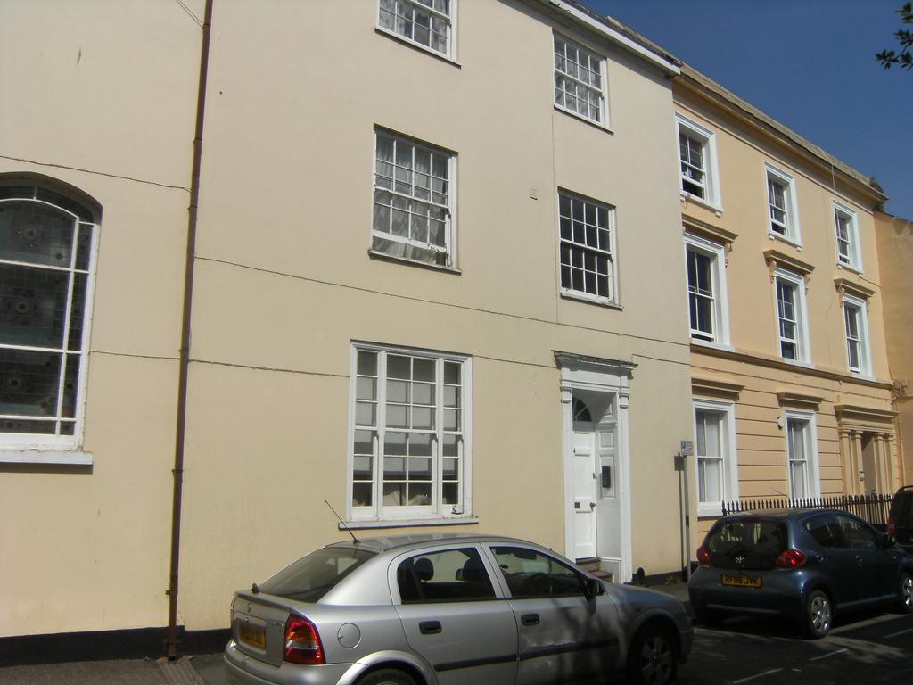 1 Bedroom Apartment Flat for sale in St. Peter Street, Tiverton EX16