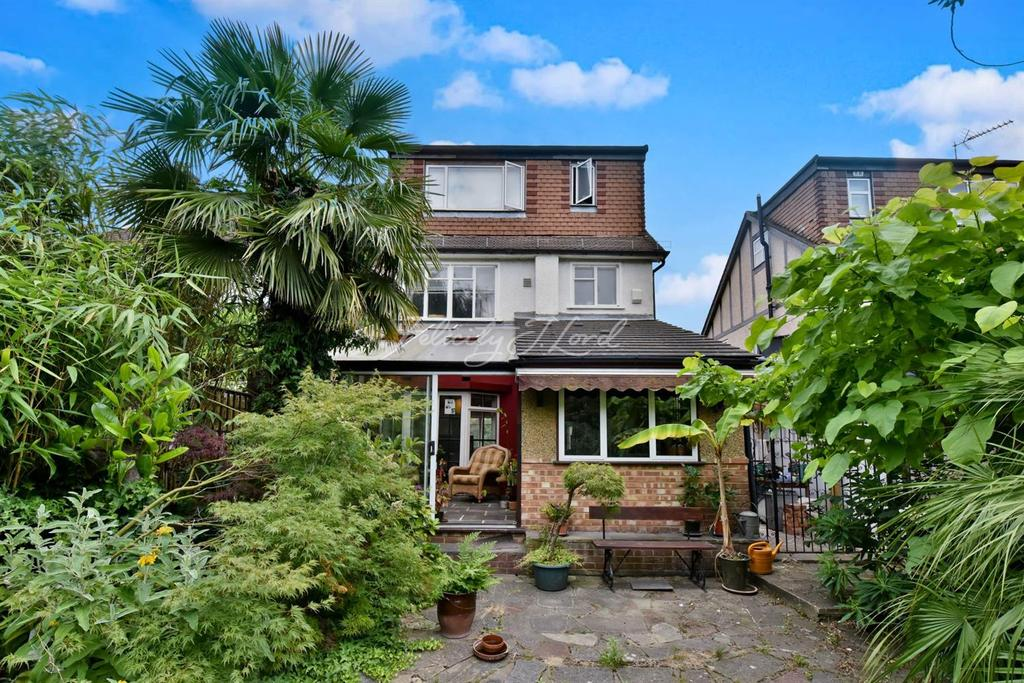 4 Bedrooms Semi Detached House for sale in Woolacombe Road, Blackheath SE3