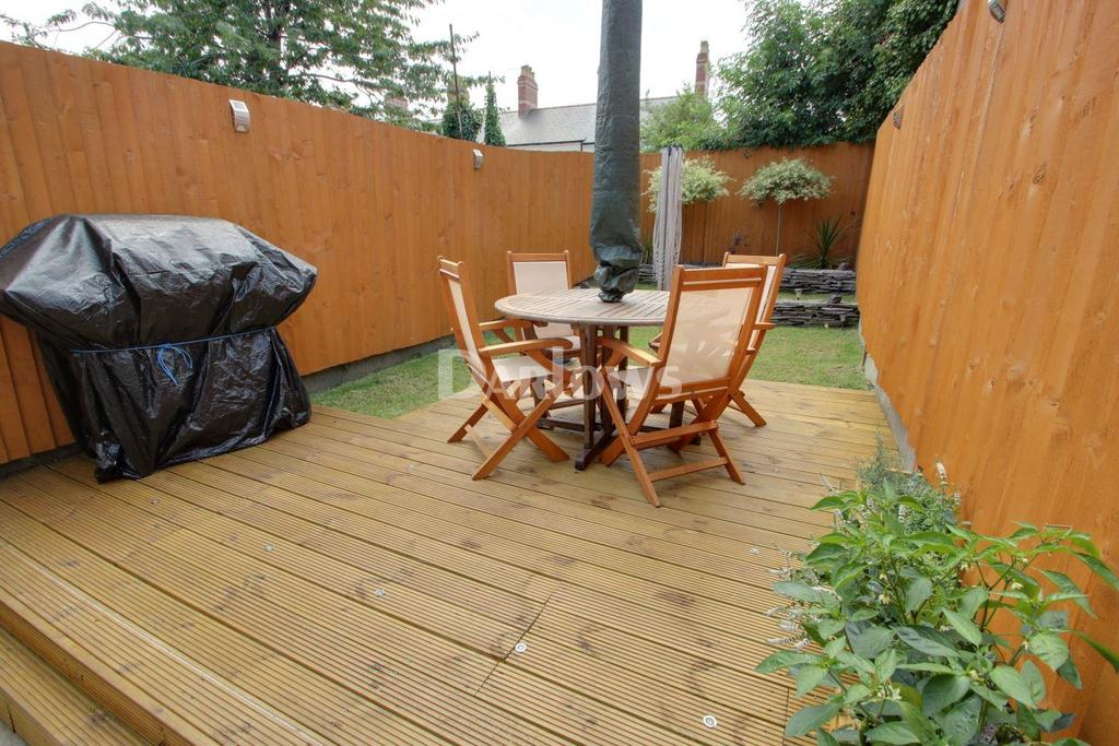 2 Bedrooms Terraced House for sale in Clifton Street, Cardiff