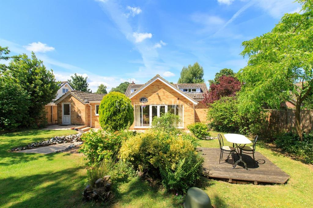 4 Bedrooms Bungalow for sale in Near Norwich
