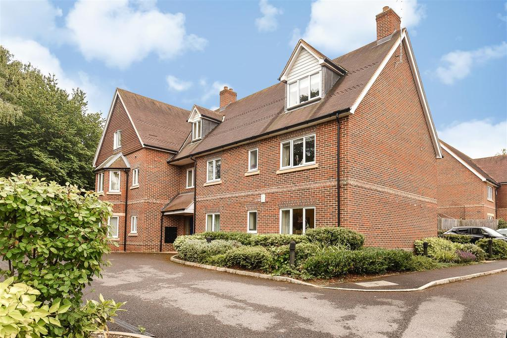 2 Bedrooms Apartment Flat for sale in Dean Court Road, Cumnor Hill