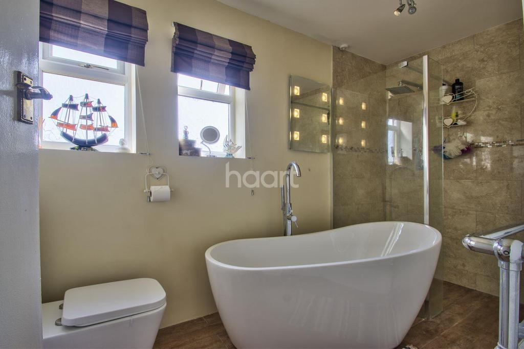 4 Bedrooms Detached House for sale in North Rd, Gedney Hill