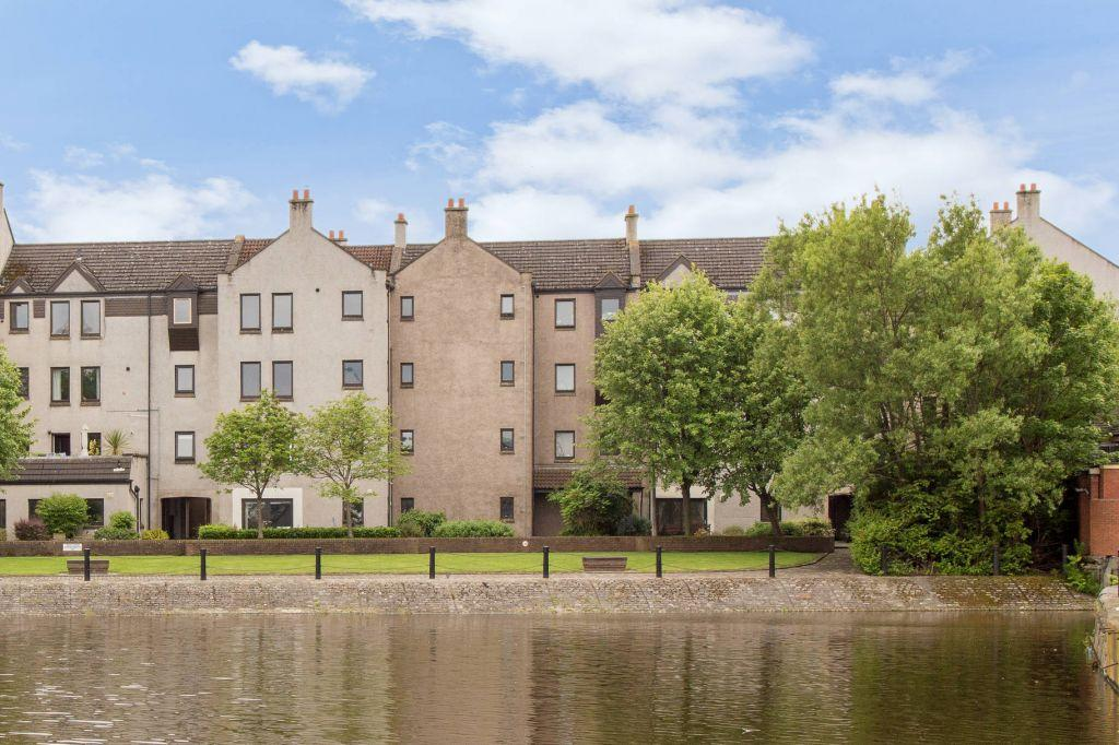 3 Bedrooms Flat for sale in 12/3 Sandport, Kings Landings, Edinburgh, EH6 6PL