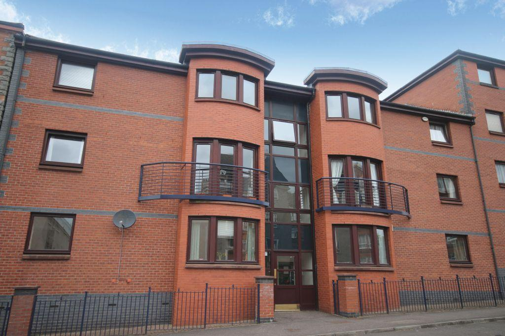 2 Bedrooms Flat for sale in 1/2, 95 Sanda Street, North Kelvinside, Glasgow, G20 8PT