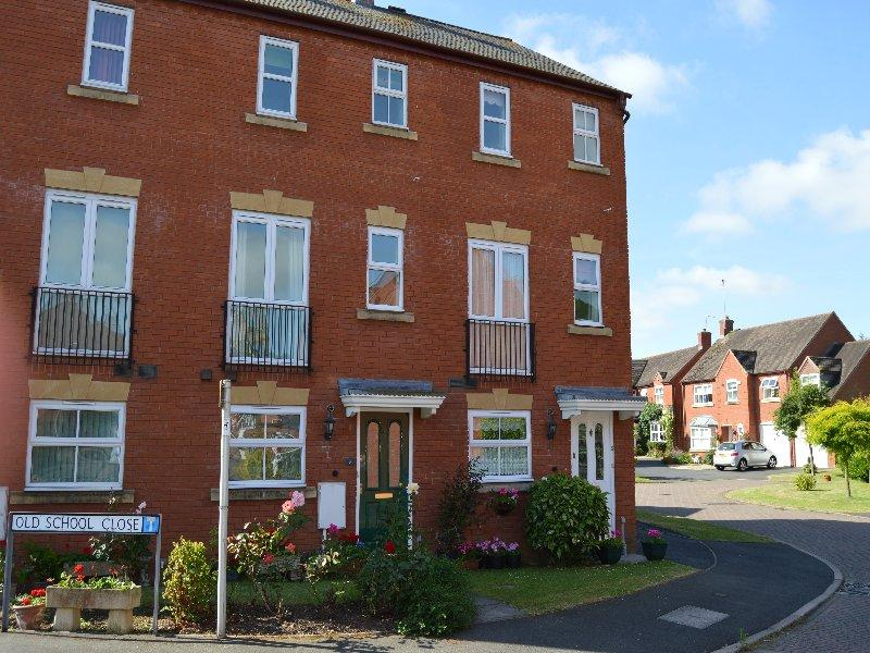 3 Bedrooms Town House for sale in Pershore WR10