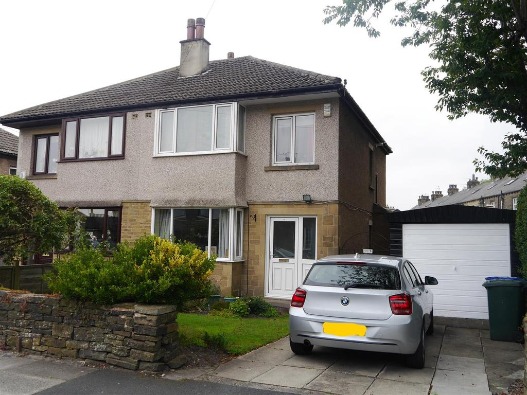 4 Bedrooms Semi Detached House for sale in Victoria Road, Wibsey, Bradford, BD6 3QB