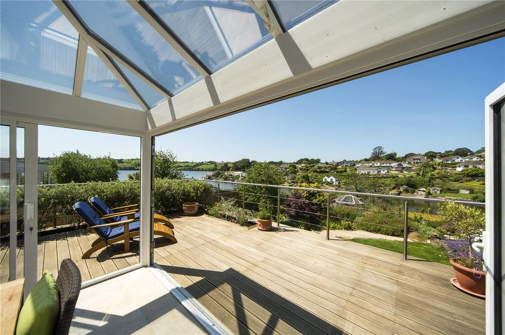 3 Bedrooms Detached House for sale in Trevallion Park, Feock, Cornwall, TR3