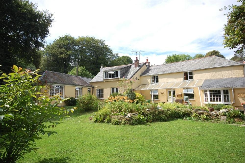 5 Bedrooms Detached House for sale in Stepping Stones, Lerryn, Lostwithiel, Cornwall