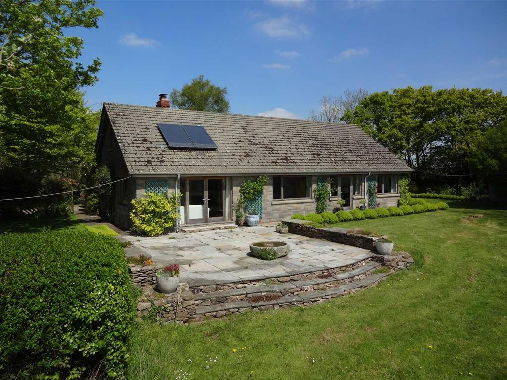 3 Bedrooms Bungalow for sale in Kings Nympton, Umberleigh, Devon, EX37