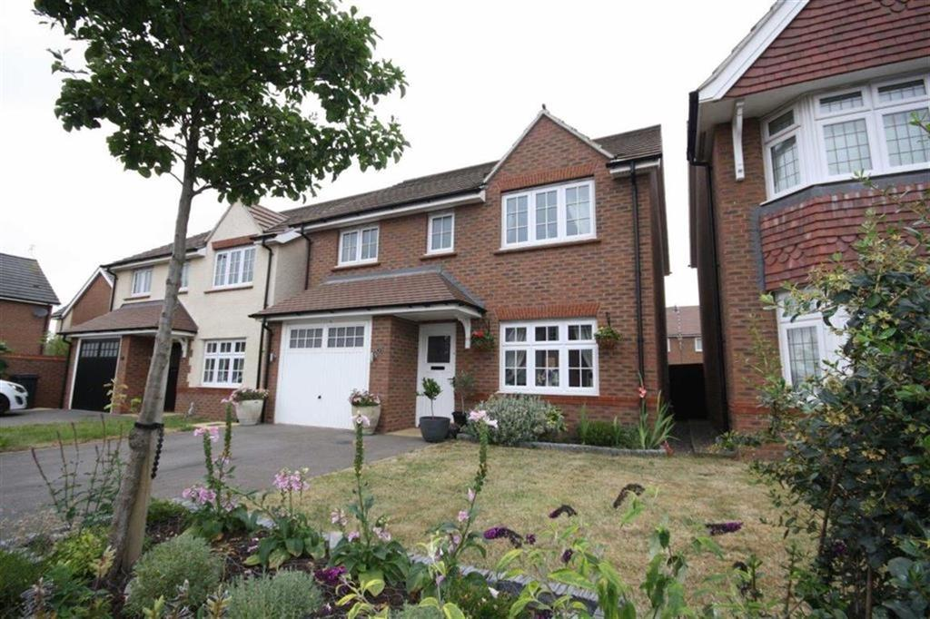 4 Bedrooms Detached House for sale in Sheelin Crescent, Tuttle Hill, Nuneaton