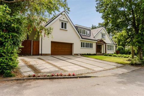 5 bedroom detached house for sale - Kenilworth Close, Sutton Coldfield