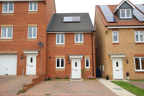 3 bedroom semi-detached house for sale - Thomaston Court, Newcastle upon Tyne, Tyne and Wear