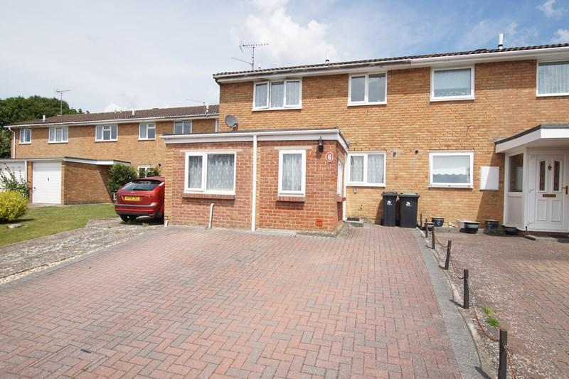 3 Bedrooms Terraced House for sale in Greenhill, Blandford Forum