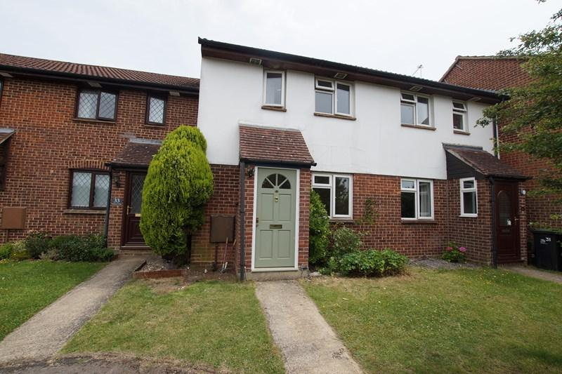 2 Bedrooms Terraced House for sale in Ashmore Close, Blandford Forum