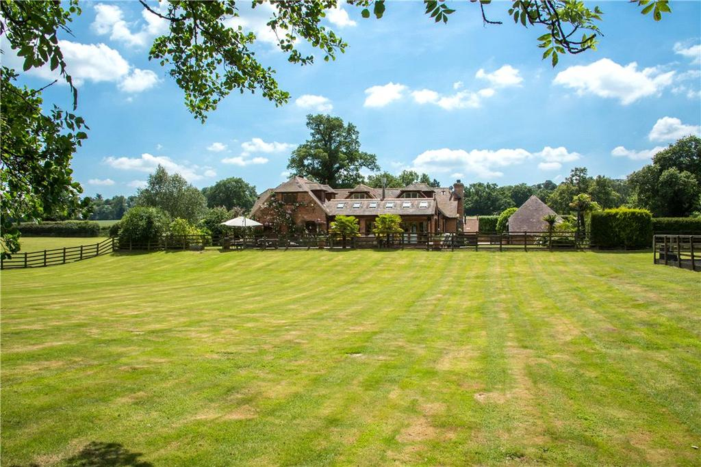 4 Bedrooms Detached House for sale in Adbury, Newbury, Hampshire, RG20