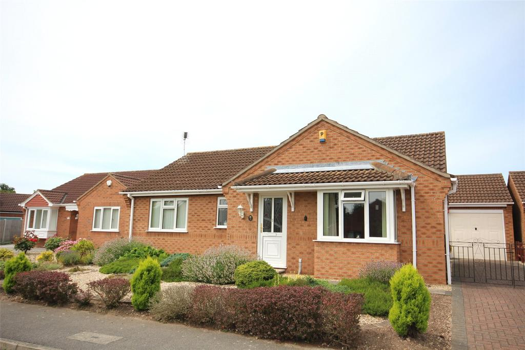 3 Bedrooms Detached Bungalow for sale in Acer Close, Lincoln, LN6