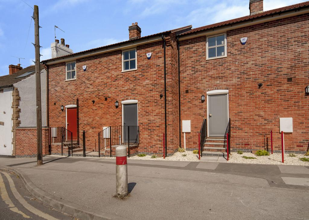 2 Bedrooms End Of Terrace House for sale in Moorgate, Retford