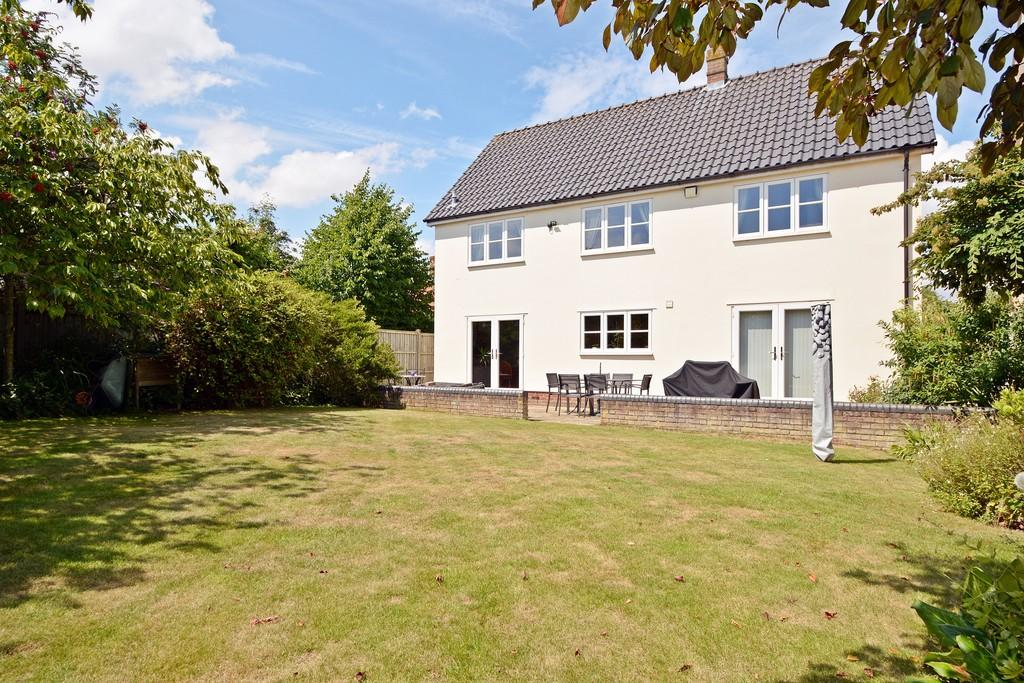 4 Bedrooms Detached House for sale in Cobbold Close, Wortham