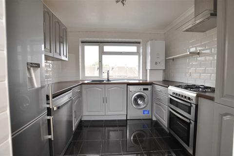 2 bedroom flat to rent - Haig Court, Chelmsford