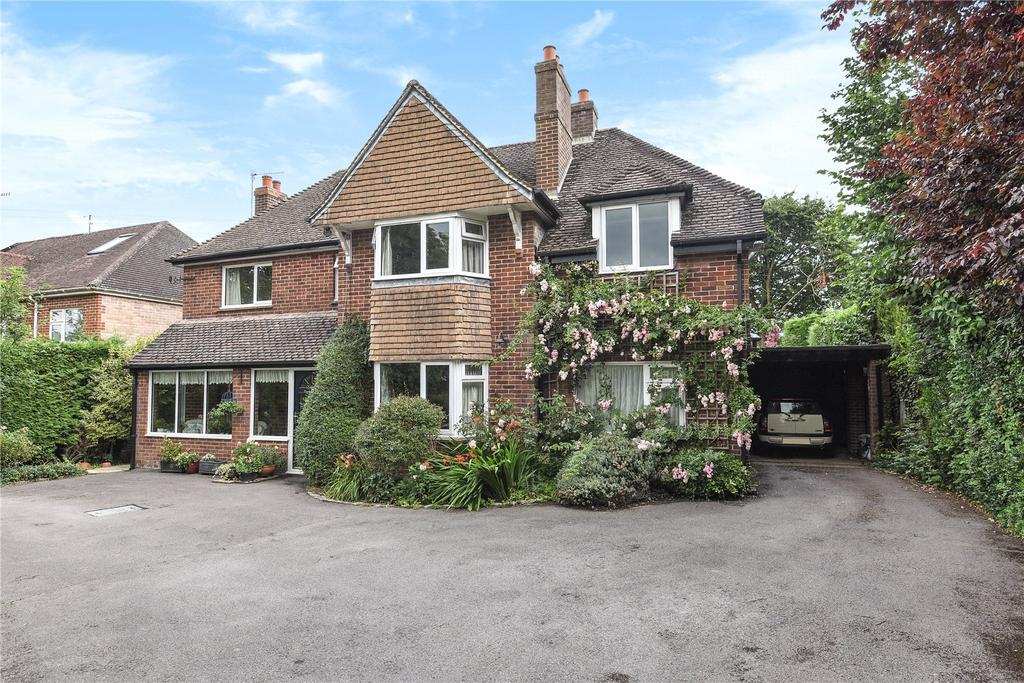 5 Bedrooms Detached House for sale in London Road, Marlborough, Wiltshire