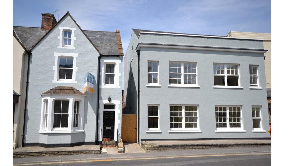 2 Bedrooms Flat for sale in Hendford Springs, 42-44 Hendford, Yeovil