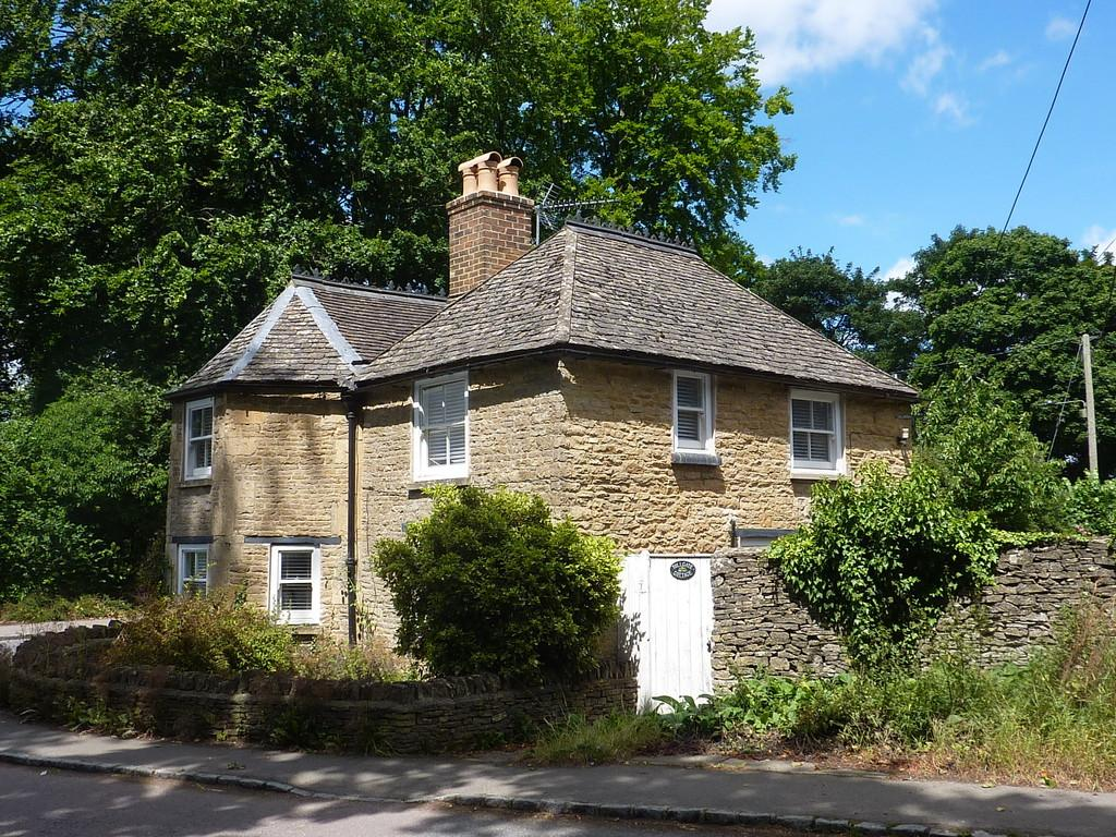 2 Bedrooms Cottage House for sale in Charlbury, Oxfordshire