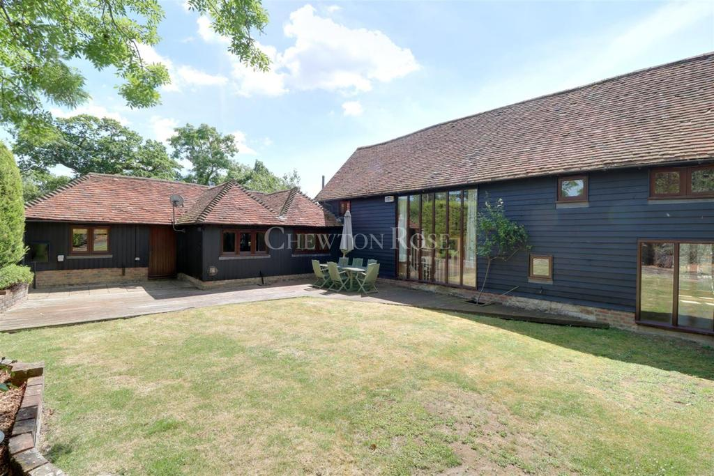 6 Bedrooms Detached House for sale in Wallcrouch, Wadhurst, East Sussex. TN5