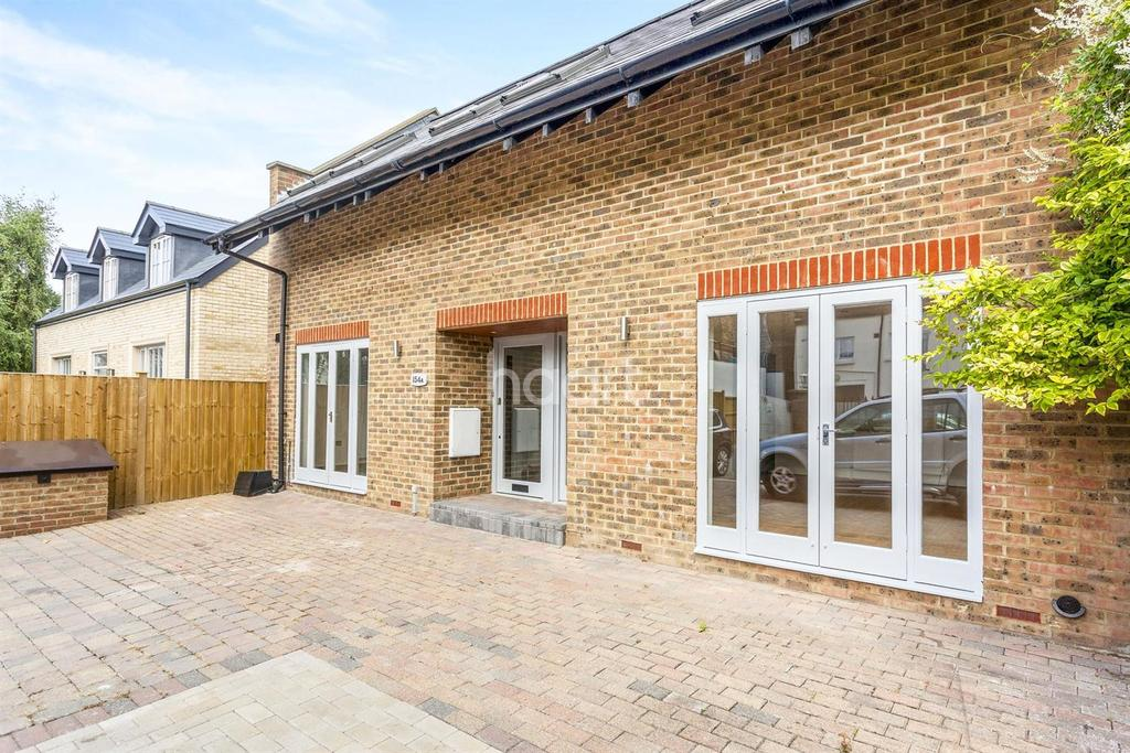 3 Bedrooms Detached House for sale in Hartfield Road, SW19