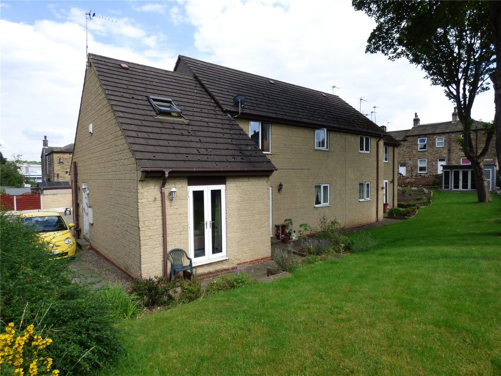 2 Bedrooms End Of Terrace House for sale in Exchange Court, Cleckheaton, BD19