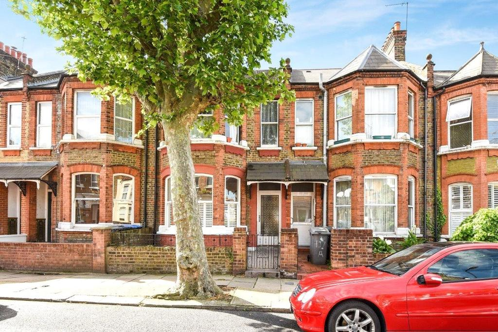 2 Bedrooms Flat for sale in Bathurst Gardens, London, NW10