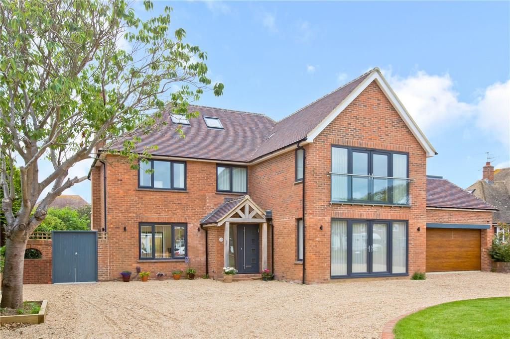 5 Bedrooms Detached House for sale in Sea Lane, Goring-by-Sea, Worthing, West Sussex, BN12