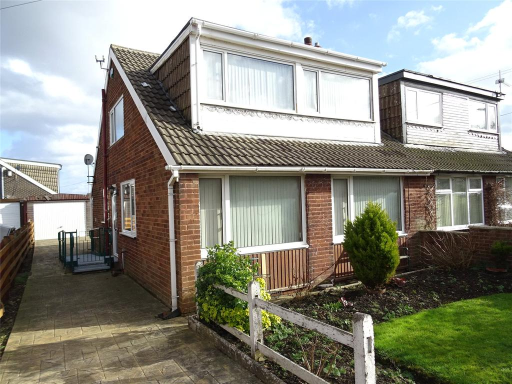 5 Bedrooms Semi Detached House for sale in Tyersal Crescent, Bradford, West Yorkshire, BD4