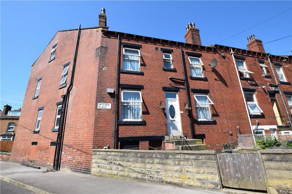 4 Bedrooms Terraced House for sale in Mitford Place, Leeds, West Yorkshire