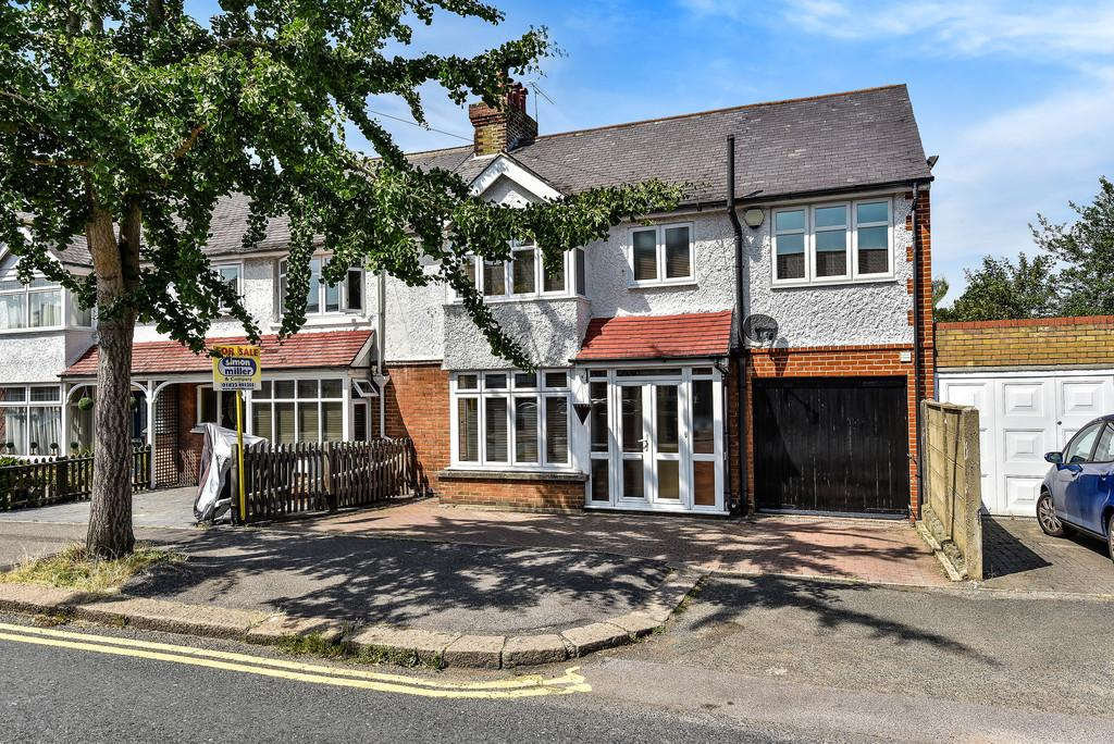 5 Bedrooms End Of Terrace House for sale in Barton Road, Maidstone