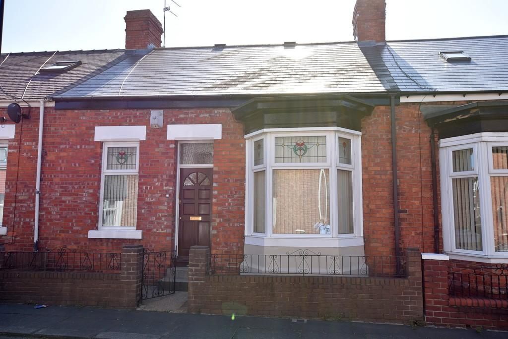 2 Bedrooms Terraced Bungalow for sale in Cooperative Terrace, High Barnes