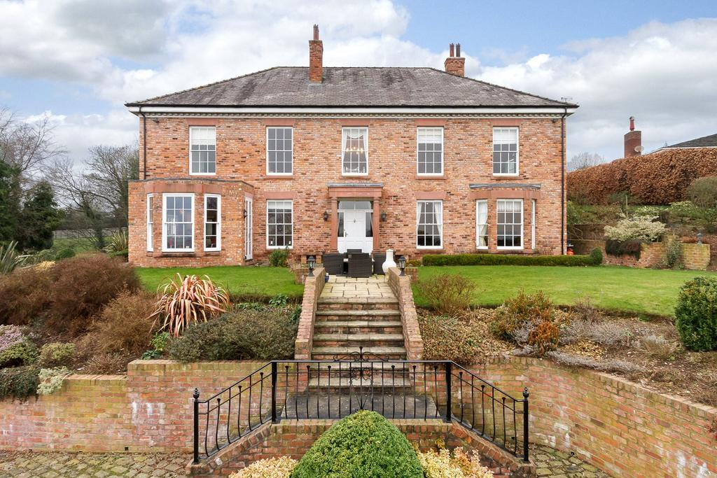 6 Bedrooms Detached House for sale in Lightfoot Lane, Eaton, Tarporley, Cheshire, CW6