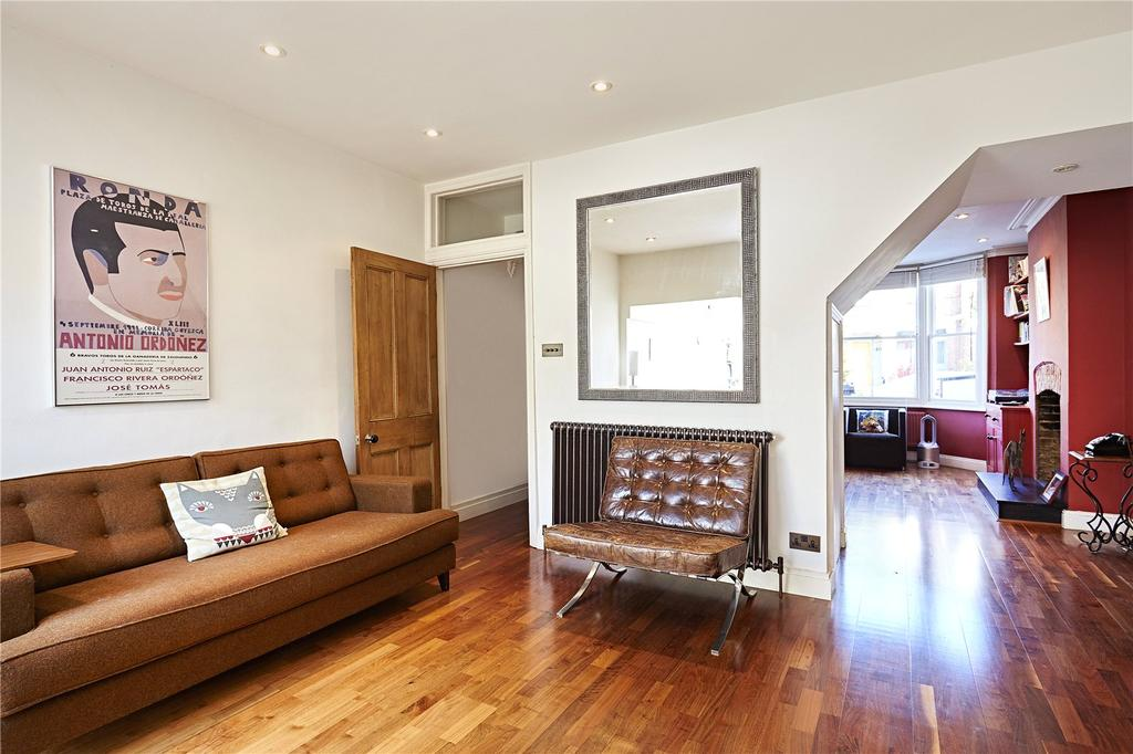 3 Bedrooms Terraced House for sale in Montgomery Road, Chiswick, London, W4