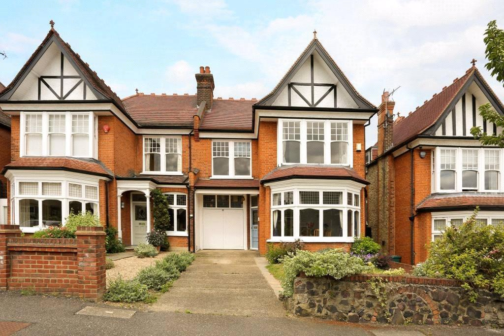 6 Bedrooms Semi Detached House for sale in Queens Avenue, Woodford Green, Essex, IG8