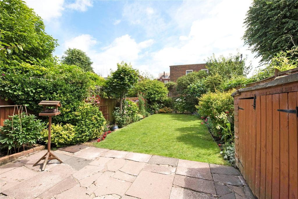 5 Bedrooms Terraced House for sale in Mayford Road, London, SW12
