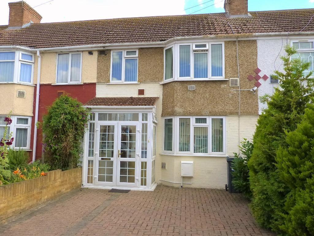3 Bedrooms Terraced House for sale in Waye Avenue, Cranford, TW5 9SQ