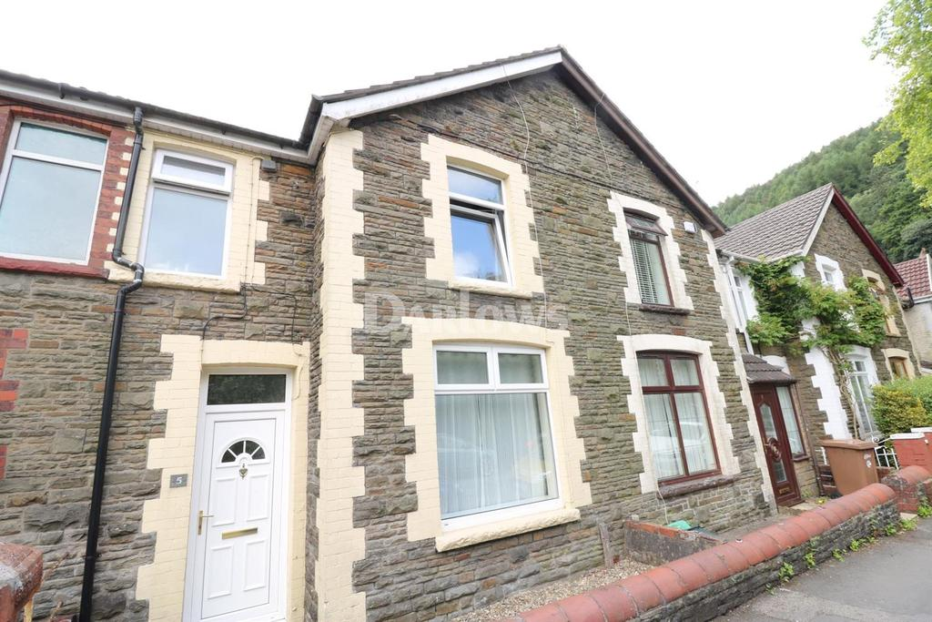 3 Bedrooms Terraced House for sale in Pengerrig Street, Llanbradach