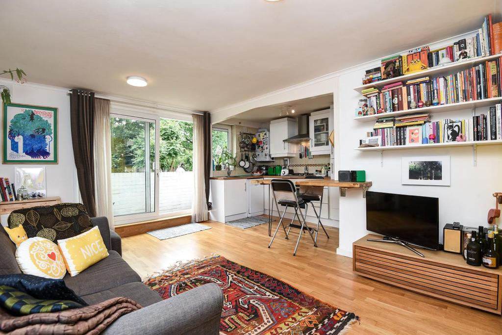 1 Bedroom Flat for sale in Salisbury Walk, Archway