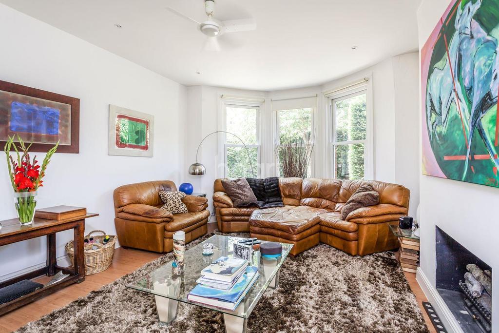 4 Bedrooms Detached House for sale in Erpingham Road, Putney