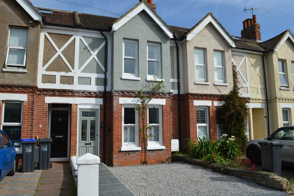 2 Bedrooms Terraced House for sale in The Drive, Worthing, BN11 5LL