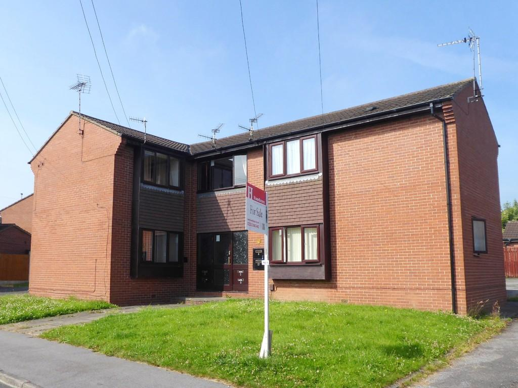 Studio Flat for sale in Bransby Rise, Farsley
