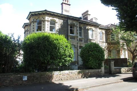 2 bedroom apartment to rent - Hanbury Road, Clifton, BS8 2EP