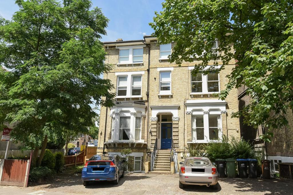 1 Bedroom Flat for sale in Thicket Road, Anerley, SE20