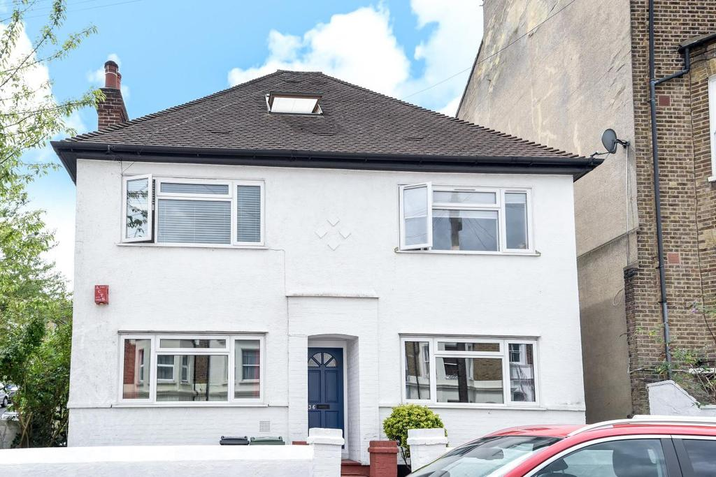 2 Bedrooms Maisonette Flat for sale in Camden Hill Road, Crystal Palace, SE19